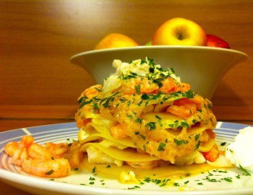 Lasagnetta con ragu'di granchio gamberetti e bocconcini di merluzzo