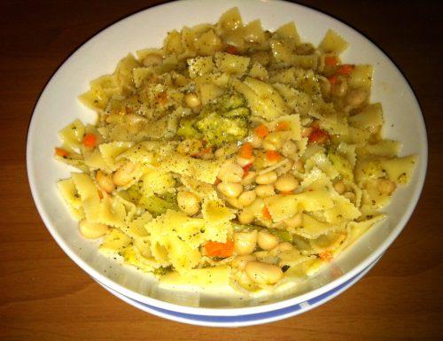 Nastrine con Cannellini, pomodori Ciliegino e Broccoletti
