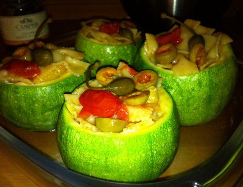 Zucchine Tonde Ripiene di Pasta con Cuore di Burrata e Frutti di Capperi
